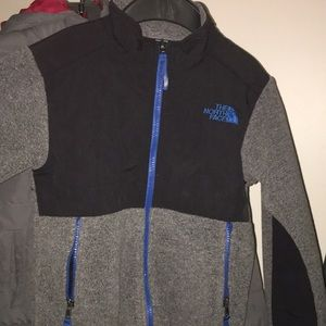 North face fleece size xs (6T) in boys
